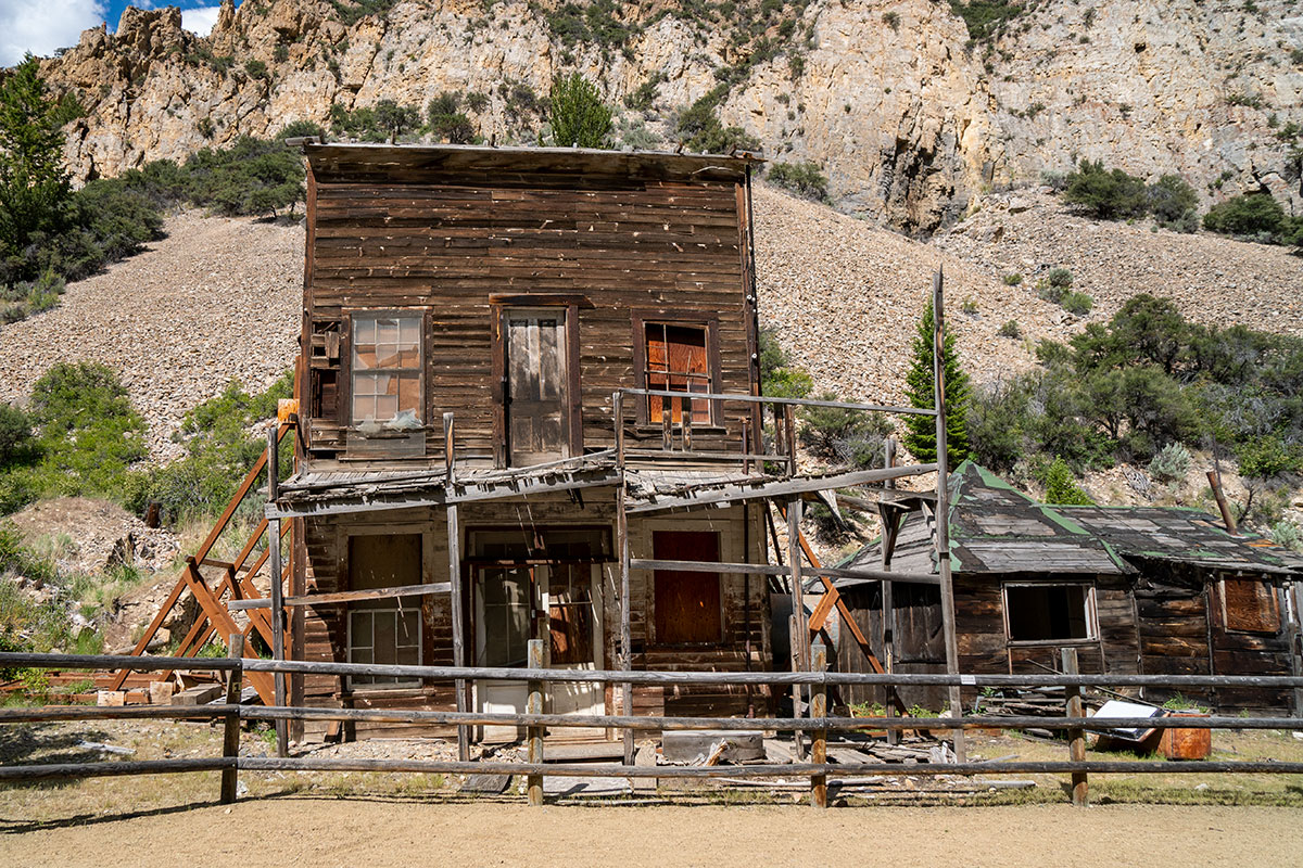 best ghost towns idaho